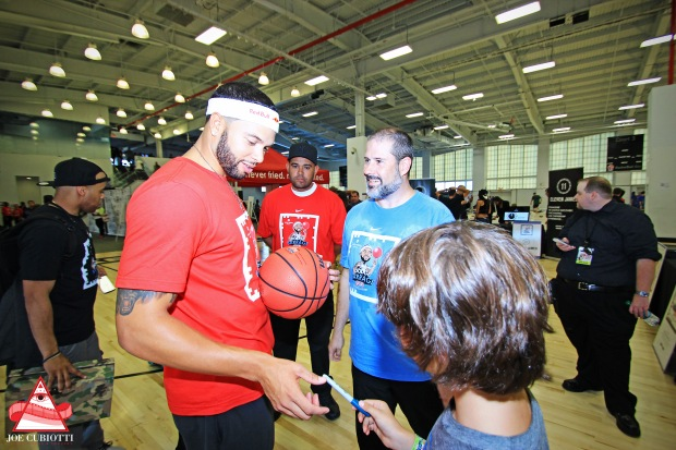 Dodge Barrage w Deron Williams